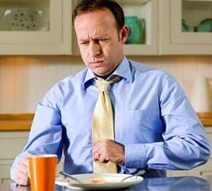 Приступ желчной колики при нарушении диеты и переедании